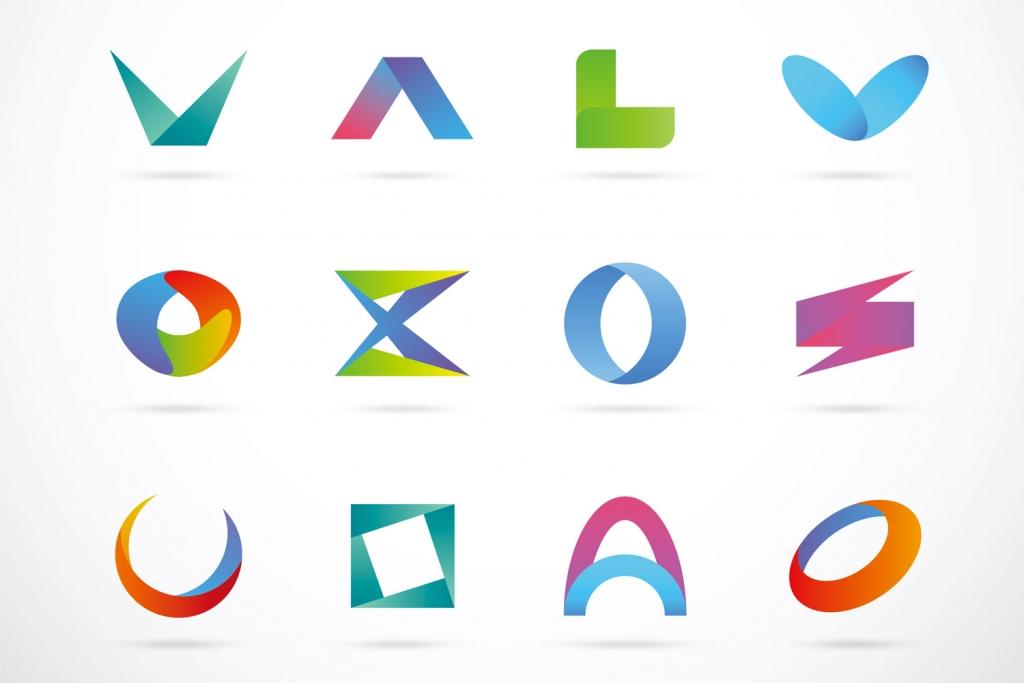 illustratorでロゴデザインを行う