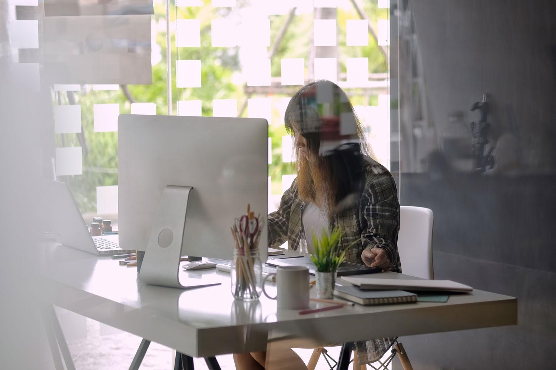 企業・中小企業などのインハウスデザイナー志望の場合で求められるスキル